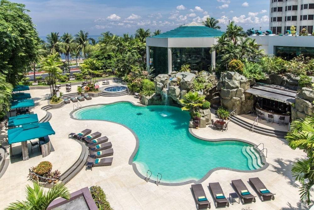 Hospedaje en Diamond Hotel Philippines