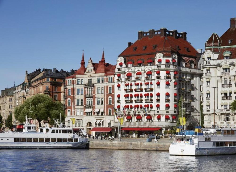 Hospedaje en Hotel Diplomat