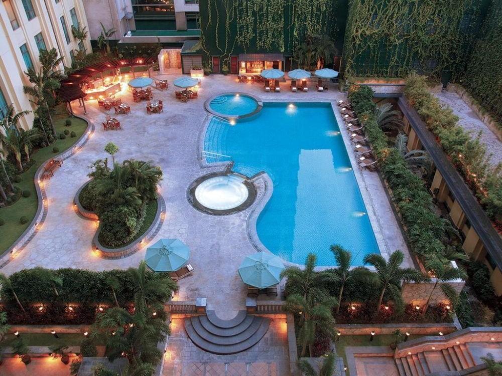 Hospedaje en New World Manila Bay Hotel