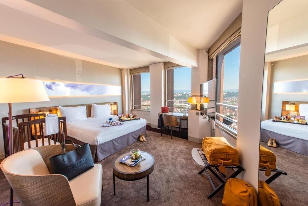 Hospedaje en Radisson Blu Hotel Lyon