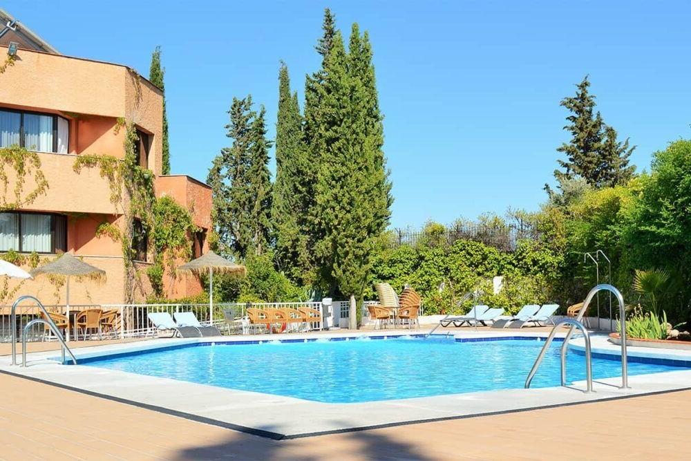 Hospedaje en el Hotel Alixares España