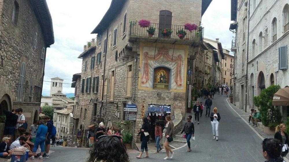 12 Mejores Lugares para Visitar en Umbria, Italia