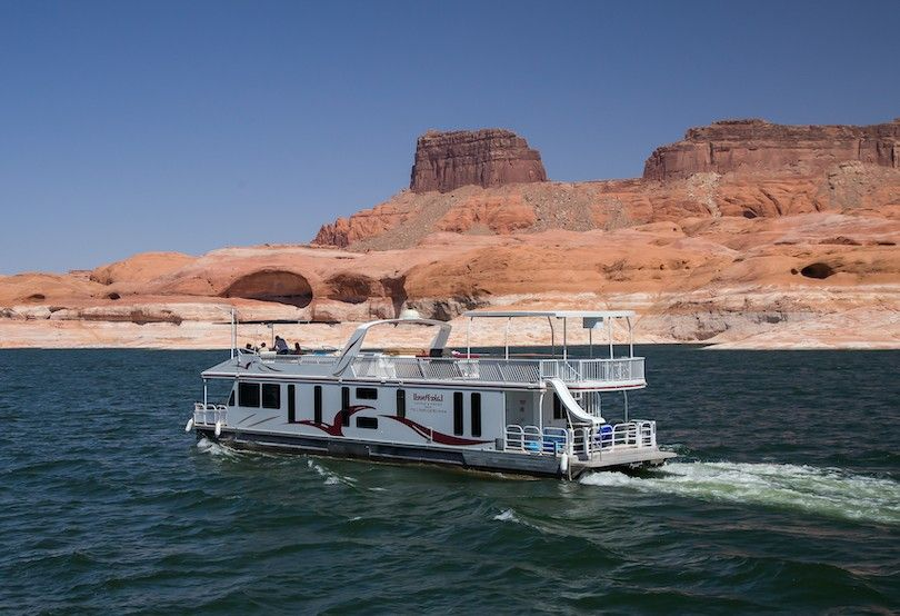 Houseboating En El Lago Powell