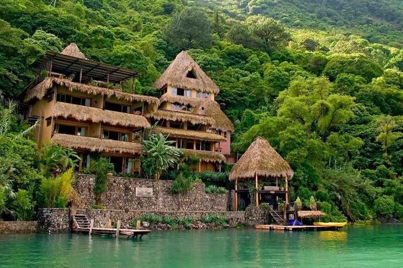 Laguna Lodge Eco Resort