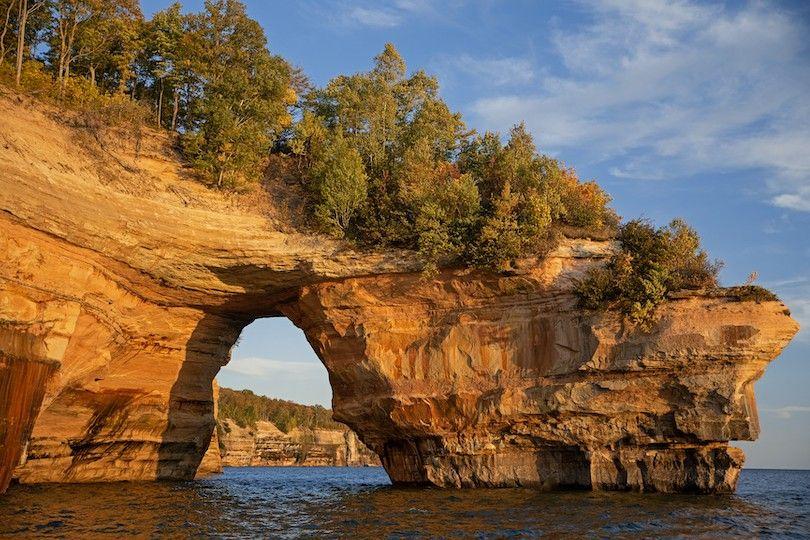 Rocas Representadas National Lakeshore Mi