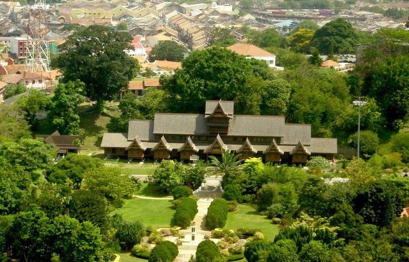 Sultanato De Malaca Palacio