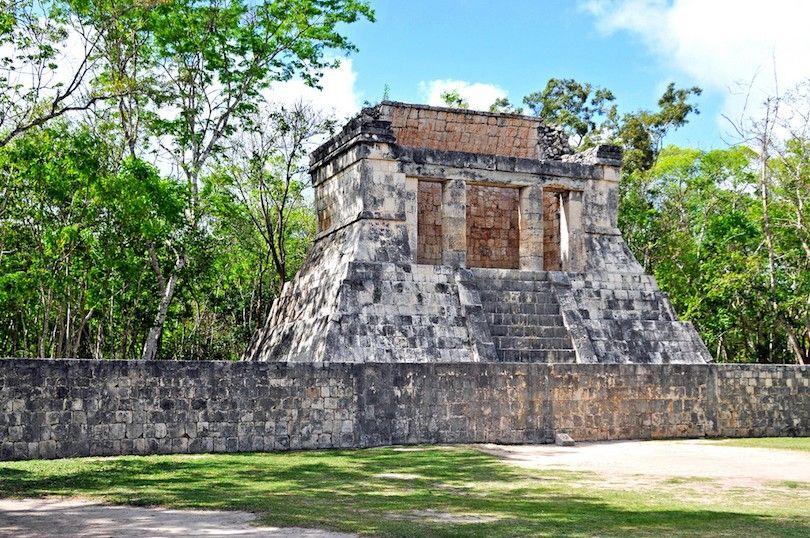 Templo Del Hombre De La Barba