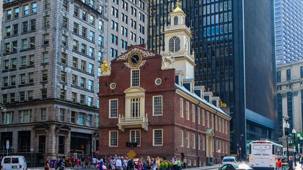 Antigua Casa del Estado Boston