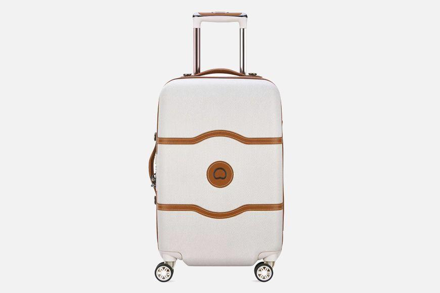 22 Artículos esenciales de viaje que no puedes dejar de empacar 3