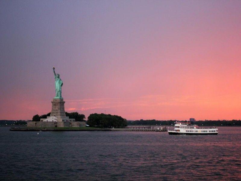 Crucero nocturno a la Estatua de la Libertad