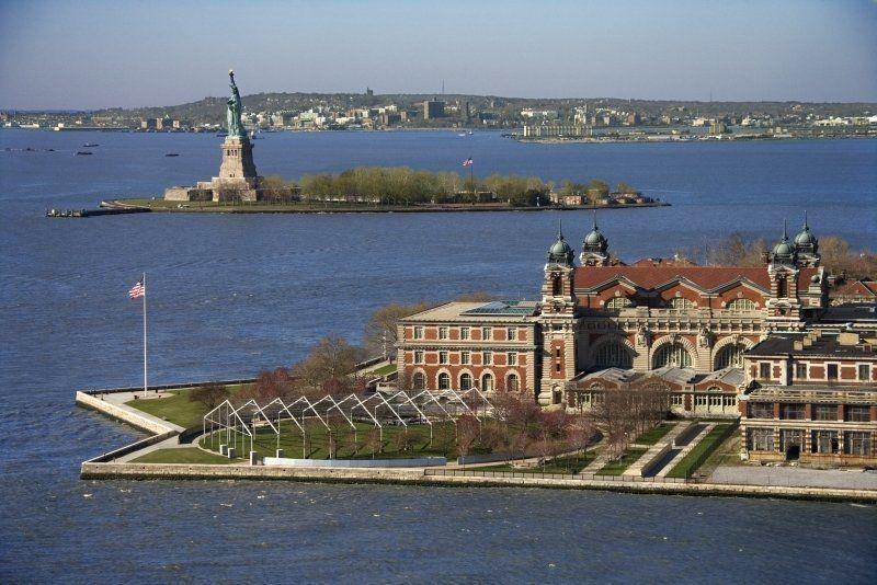 Estatua de la Libertad y Ellis Island