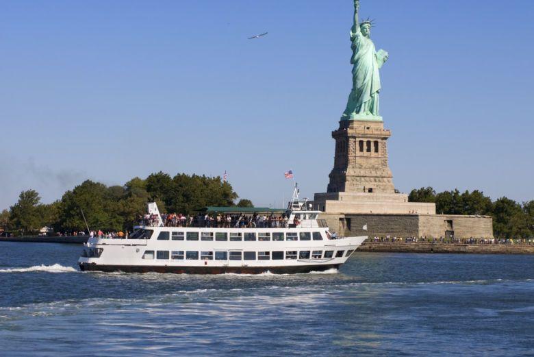 Ferry de Nueva York a la Estatua de la Libertad