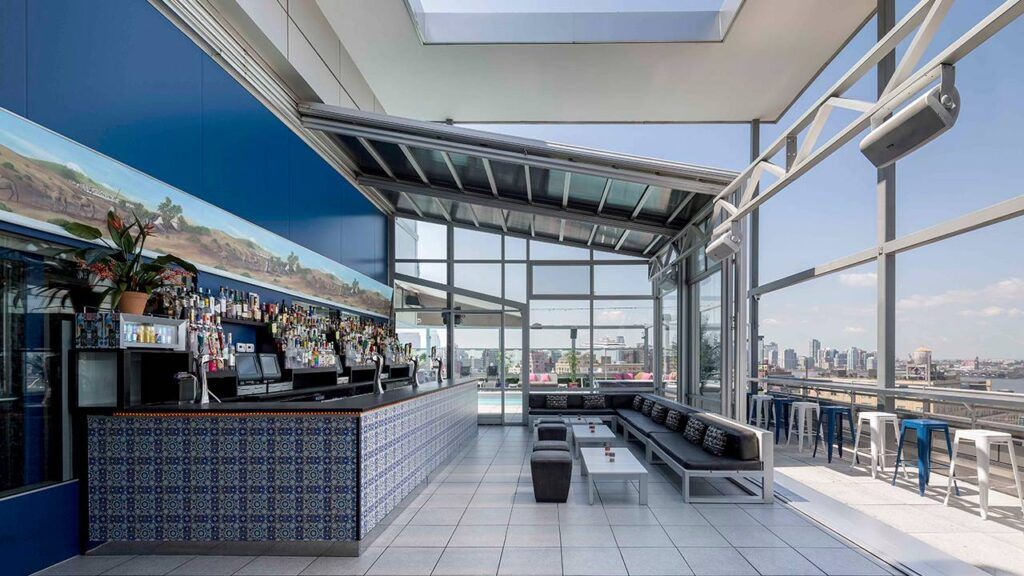 Plunge Rooftop Bar & Lounge